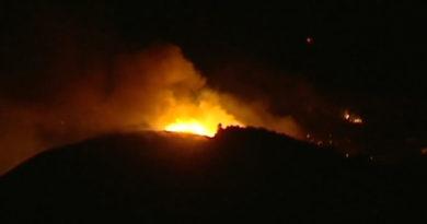 Skogsbränder tvingar 4000 att evakueras på Kanarieöarna