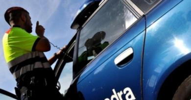 Polis utreder svensk misstänkt för trippelmord